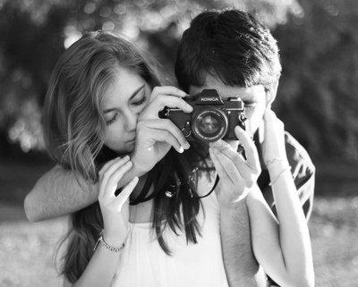 amitié fille garçon appareil photo