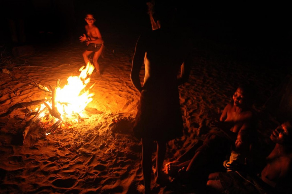veillée autour du feu